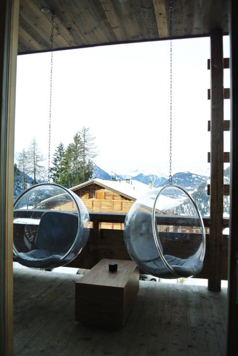Whotel1-livingroom-view-byGeraldineMorand