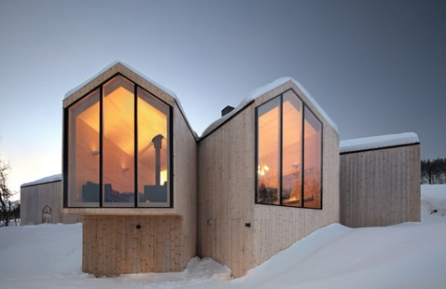 WTSS-V-lodge-by-Reiulf-Ramstad-Architects-1